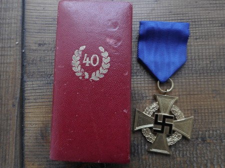 40 Years Faithfull Service medal